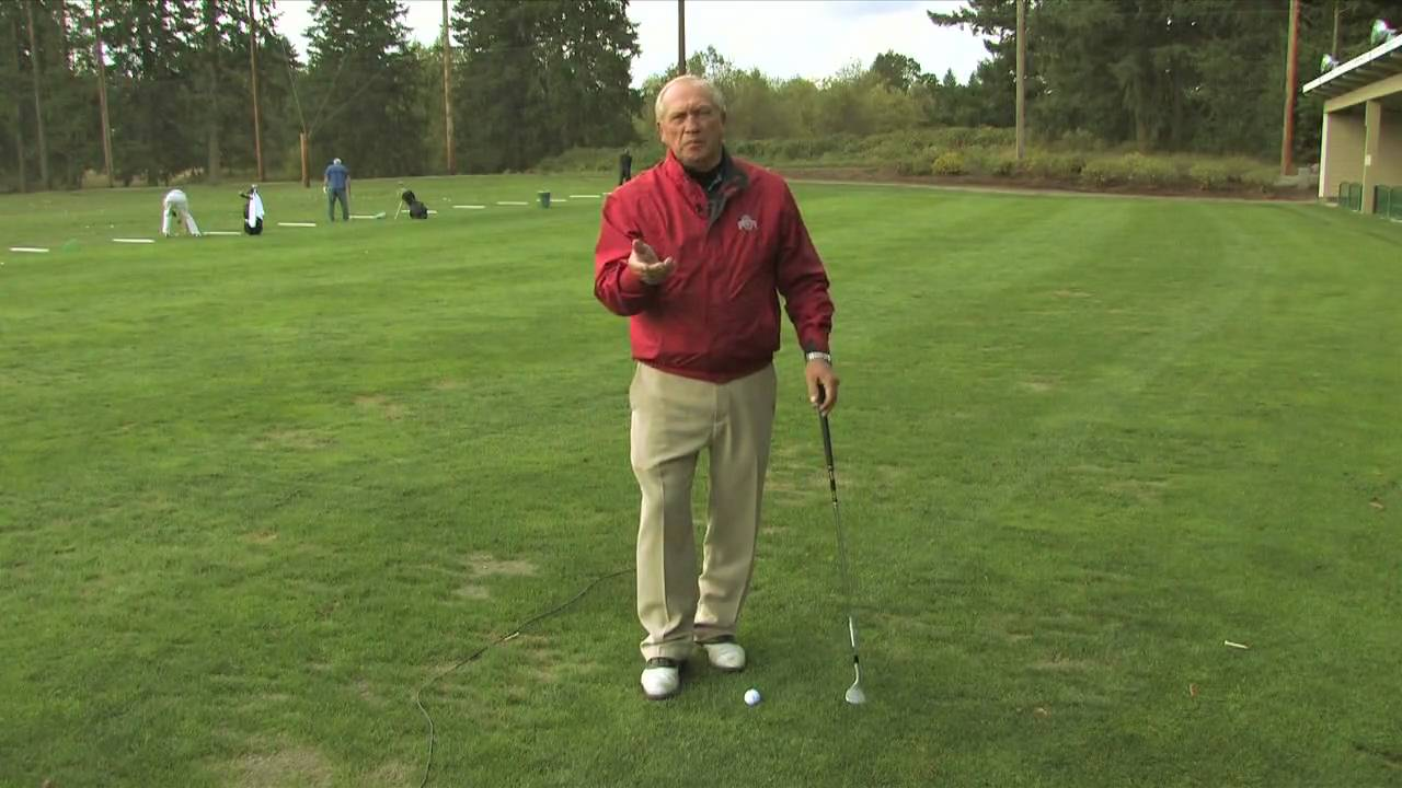 How To Hit A Lob Wedge Youtube