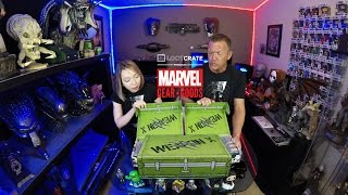 Marvel Gear and Goods Unboxing - March 2017 Wolverine Vs Sabertooth | Guru Reviews