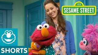 Sesame Street: How Do Elmo And Abby Get Ready For Bed?