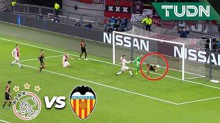 ¡Se están dando con todo por el pase a cuartos!  Ajax 0 - 1 Valencia | Champions League | TUDN