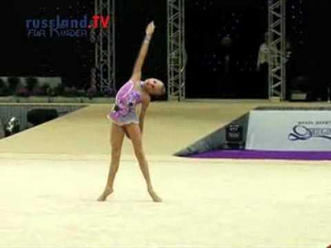 Moskaus Gymnastikmädchen in Deutschland - YouTube