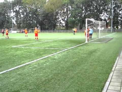 De Treffers C2 (za) vs. Juliana '31 C3 (za) 12-10-2013 13:59