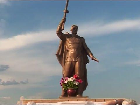 Открытие памятника в деревне  асян