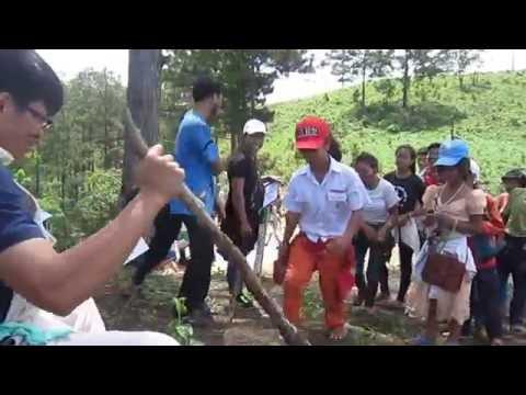 Trò chơi lón ở Pằng Tiêng