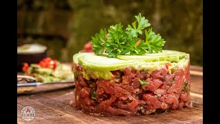 Beef Tartar, Rinderfilet, Weissbrot, Avocado Topping, outdoor cooking, ASMR Style, Saarland