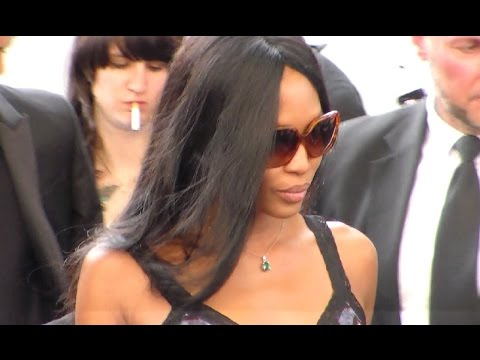 Supermodel Naomi CAMPBELL @ Paris Fashion Week 26 june 2015 Givenchy show