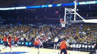 Orange Fizz In Boston: Syracuse's Brandon Reese Kicks In Alley-oop At Sweet 16 Practice