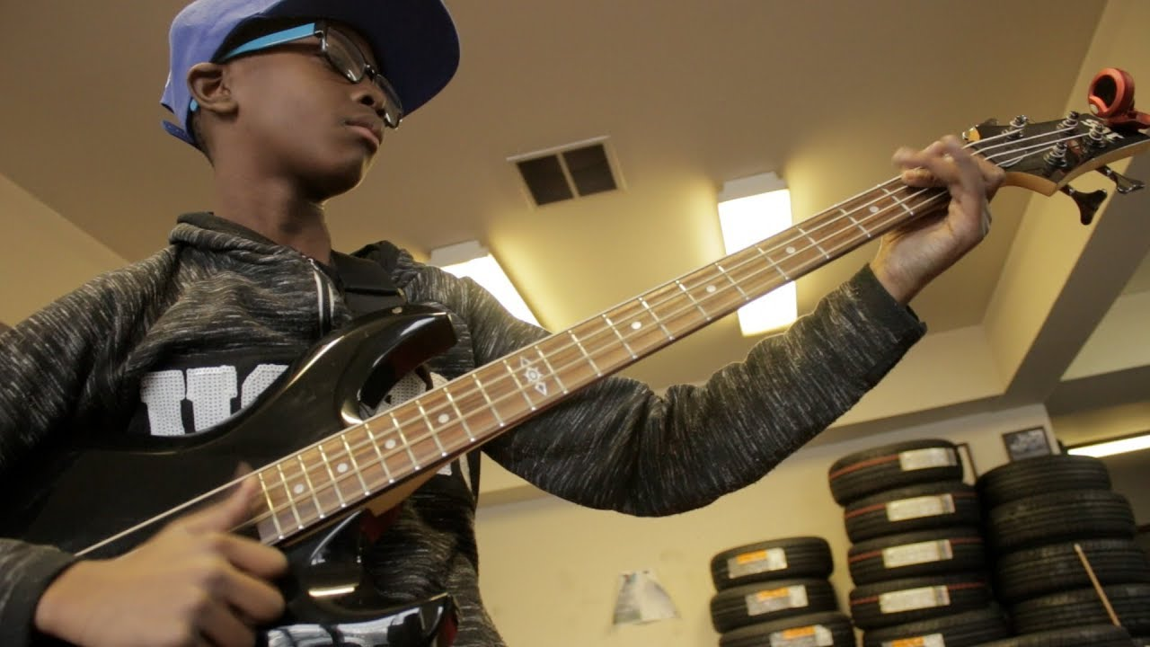 Lil Asmar 11YRS OLD AMAZING BASSIST!!!