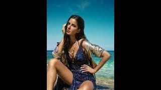 Download Video katrina kaif on a beach in a bikini,she is looking very sexy & hot,spicy bikini kiss scene..... MP3 3GP MP4