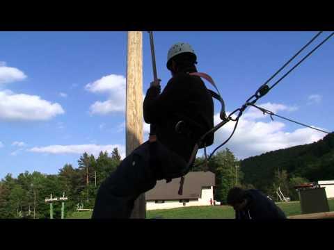 Caída libre (atado a una cuerda) Adrenaline Park - Sport aventura Maribor (Slovenia / Eslovenia)