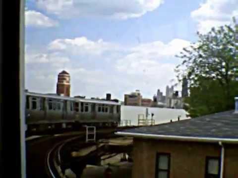 CTA Pink Line train along Paulina Street Connector