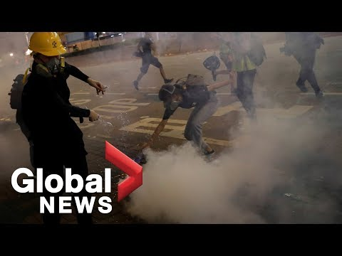 Hong Kong protests: Riot police confront demonstrators in Sham Shui Po
