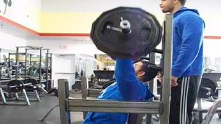 TMW: Gym Fail What Lifting Too Heavy Looks Like @hodgetwins