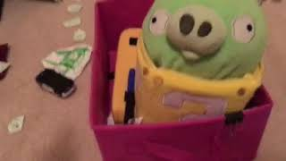 Angry Birds Plush Toons S1 Episode19 - Sneezy Does it