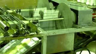 Станок для производства стеклопластиковой арматуры(На видео показан процесс работы линии по производству стеклопластиковой арматуры., 2014-01-23T06:34:41.000Z)