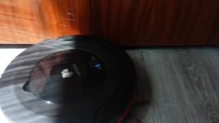 DIRT DEVIL SPIDER In action Vacuum cleaner ( roboticky vysavac, robot porszivo )