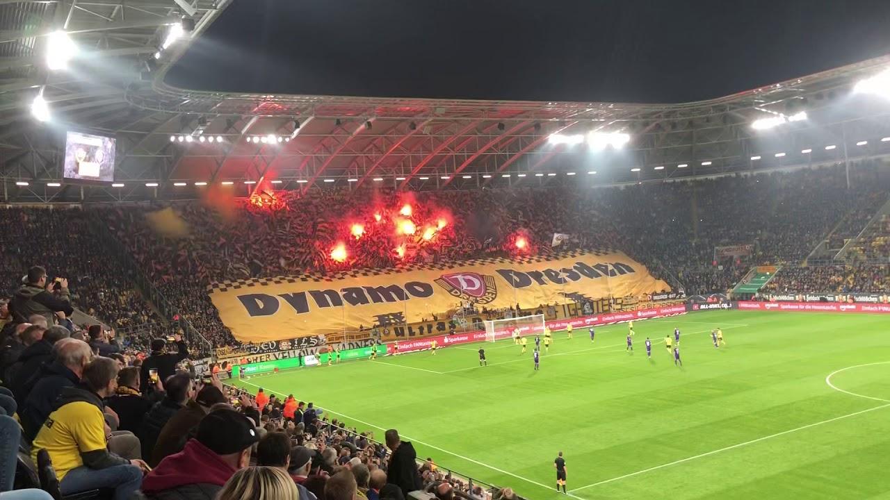 Dynamo Vs Aue