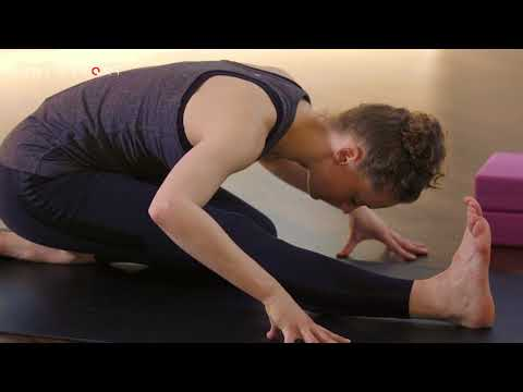 Low Lunge to Hamstring to Twist Yoga Technique