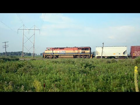 CN trains fly through the Wisconsin Countryside [Full length]