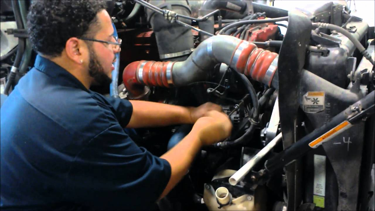 alternator removal    kenworth    t2000  YouTube