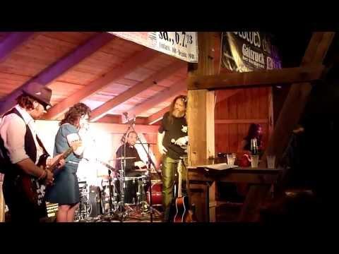 Meena Cryle & Chris Fillmore Band - I'd Rather Go Blind (live @ Stadlblues, Gaisruck, 20130705)