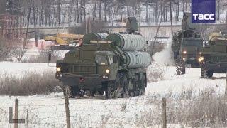 Зенитный ракетный полк с комплексом С 400  заступил на боевое дежурство в Московской области