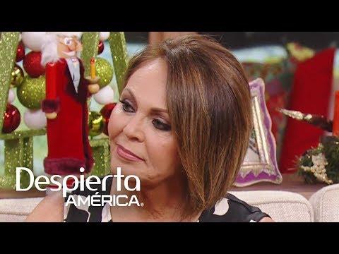 María Elena Salinas a punto del llanto por su salida de Univision