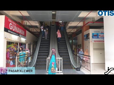 brand-new-otis-escalators-@-pasar-klewer,-solo