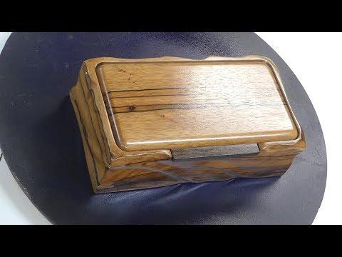 Monterillo wood jewelry box