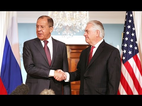 Russian foreign minister appears to mock reporters after they ask about Comey's firing