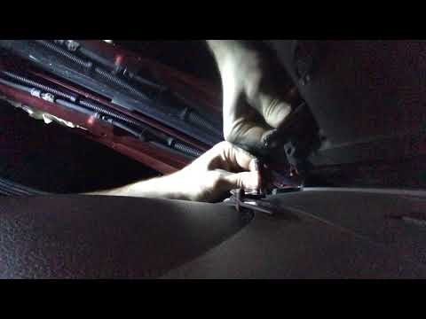 2008 Jeep Cherokee Dash Speaker Removal