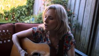 WHITEHORSE - Sweet Disaster (Acoustic)