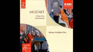 Play Piano Trio No. 4 in E major, K. 542