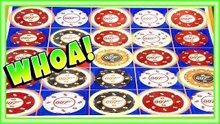 ★007 GAVE ME ALL THOSE BONUS CHIPS!!★ James Bond Thunderball Slot Machine Bonus Big Win Run