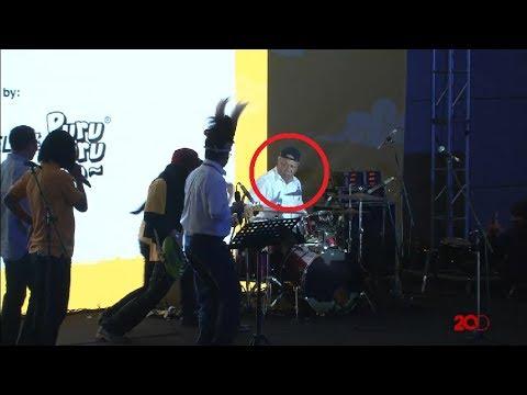 Cuma di Indonesia Happy 2 Menteri ini Bisa Ngelawak dan Main Band