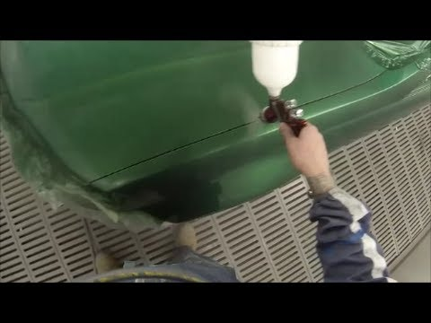 Poison Ivy Green VE SS Commodore Ute Spray Painting