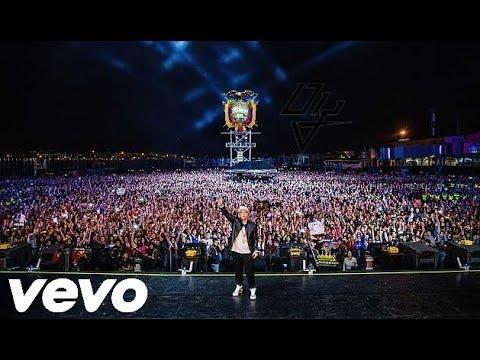 Despacito - Daddy Yankee - Rompe Corazones CONCIERTO En Ecuador - Guayaquil, Quito 2017