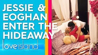 Eoghan takes Jessie away for a steamy night away in the Hideaway | Love Island Australia 2019