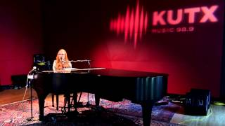 """Tori Amos - """"Silent All These Years"""""""