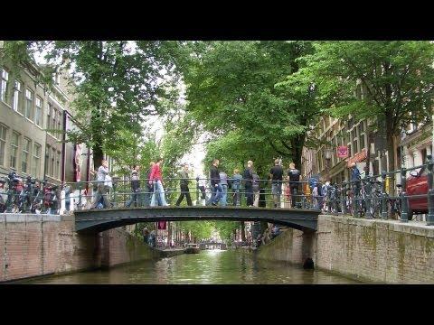 Top 4 Neighborhoods to Visit | Amsterdam Travel
