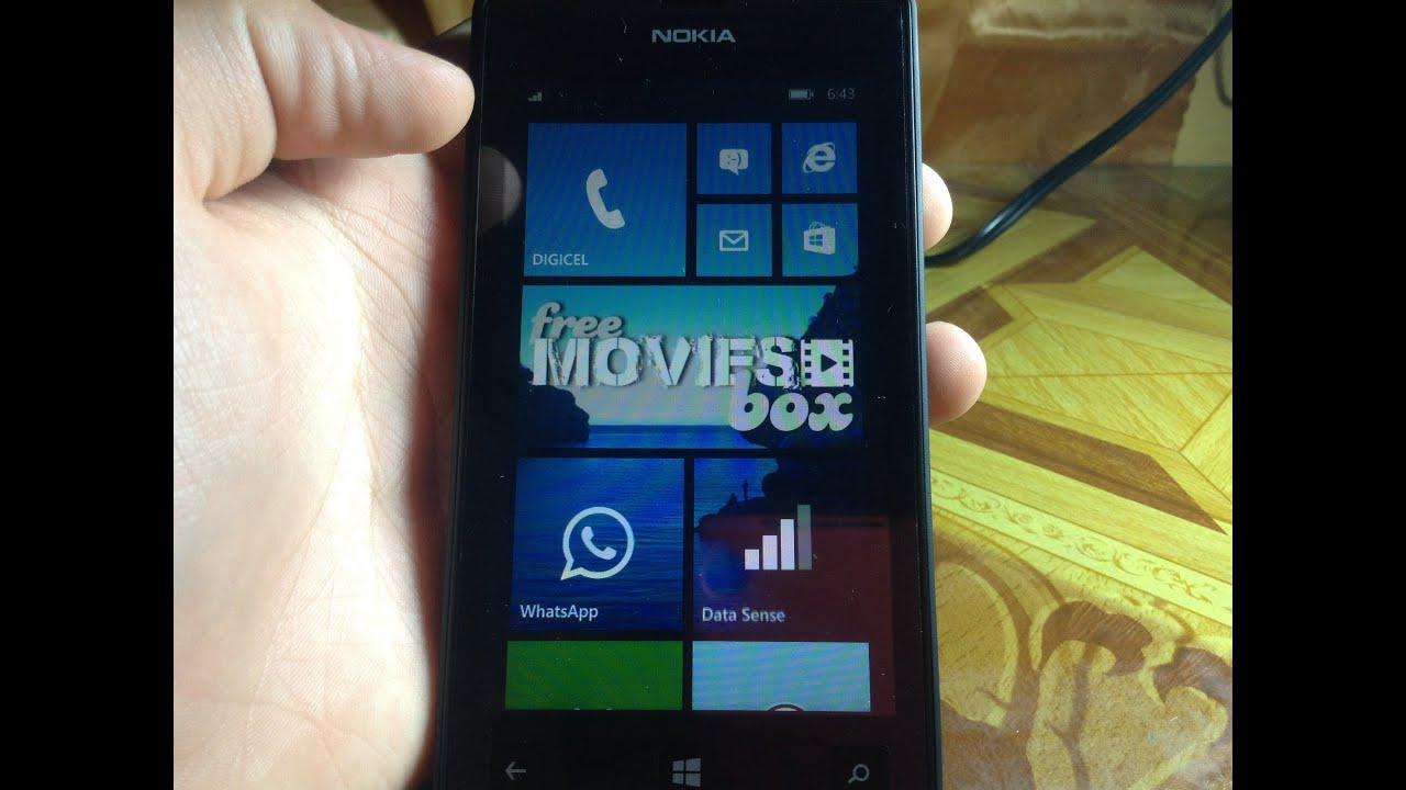 Windows mobile phone: movie application streaming.