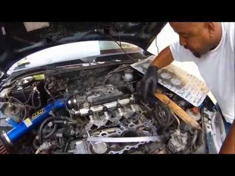 DIAGNOSING A BLOWN HEAD GASKET WITH A HOME MADE CYLINDER LEAK DOWN TESTER HONDA SOHC VTEC 1.6L.