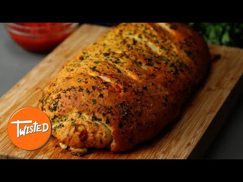How To Make A Giant Spicy Pepperoni Pizza Roll   Twisted