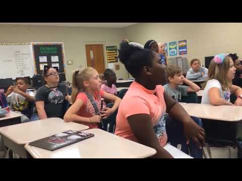 Students Sing Jason Mraz's