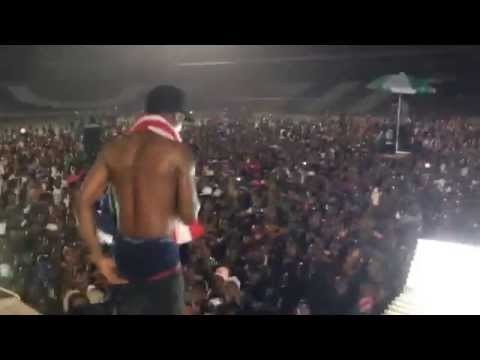 Wiz Kid Live in Liberia - May 2014 -- Raging Bull Ent Short Clips
