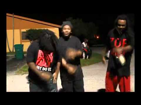 MIKE SMIFF FEAT.. BIG MAN AND ZOEJA JEAN NOT ON THIS SIDE OFFICIAL VIDEO_MP4.mp4