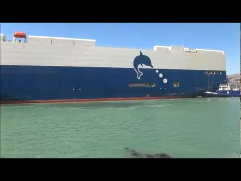 "J Spraggo ...... Shipping ,,, the"" Trans Future 6"" berthing at Lyttleton 9 Feb 13vn mp4"