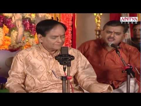 Yendaro Mahanubhavulu - Sri Ragam - Adi Talam By: Padma Vibushan Dr.Mangalampalli Balamuralikrishna