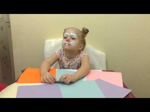 А где глаз: кореянка смывает макияж, показывая как сильно с его помощью можно увеличить глаза