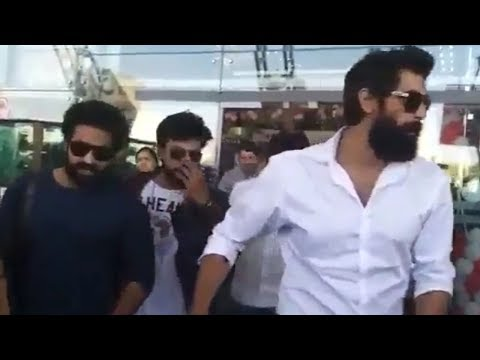 Ram Charan and Jr NTR Spotted @ Jaipur Airport Along With Rana and Nani